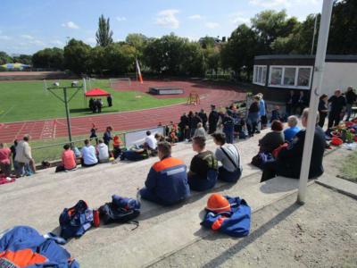 Im-Stadion-II