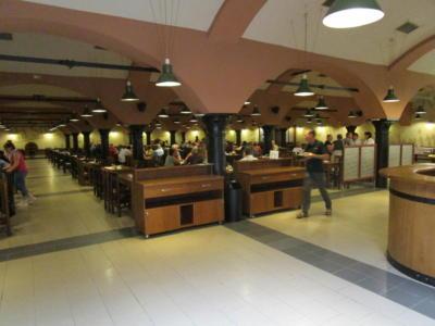 Im Restaurantkeller der  Pilsner Urquell  Brauerei
